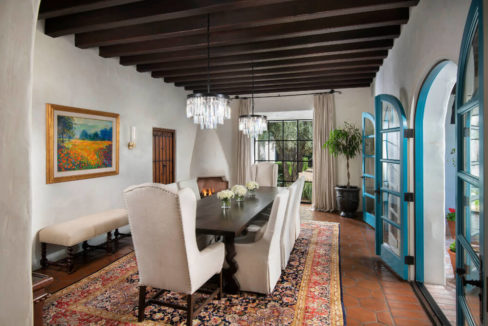 lifestyle-asset-group-scottsdale-dining-room