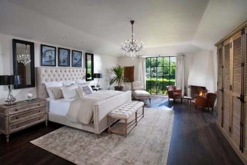 lifestyle-asset-group-scottsdale-master-bedroom