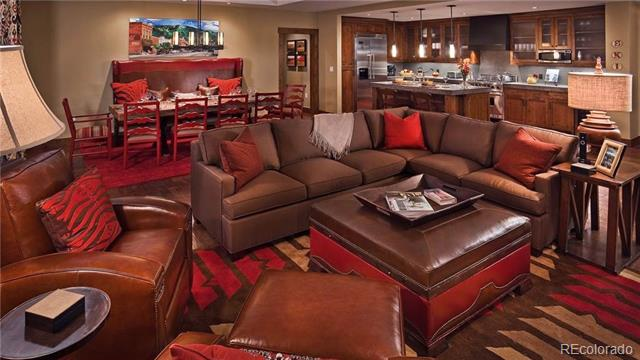 one-steamboat-living-room2