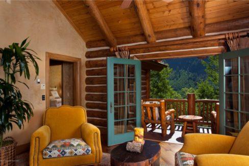 aspen-balcony