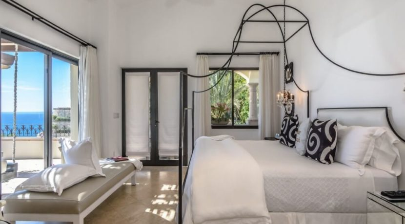 cabo-fractional-home-bedroom1