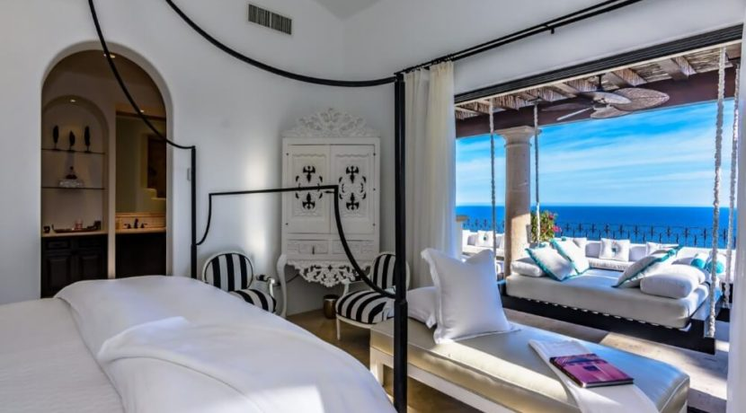 cabo-fractional-home-bedroom3