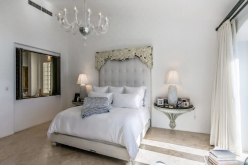 cabo-fractional-home-bedroom5