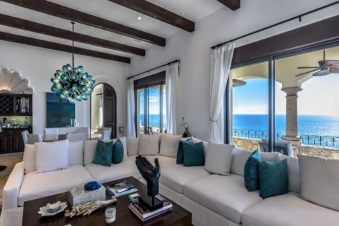 cabo-fractional-home-family-room