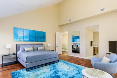 coronado-fractional-home-tv-bedroom