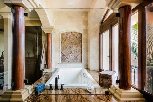 Villa-Paraiso-Master-Bath-Tub